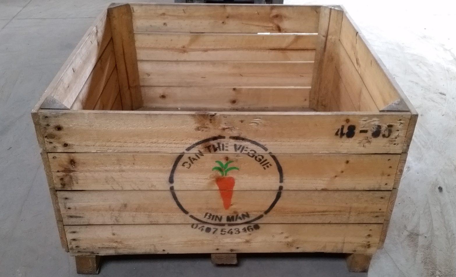 Apple Planter Box Plain